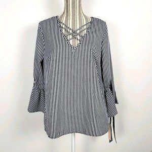 New Tempted Large bell sleeve blouse black white